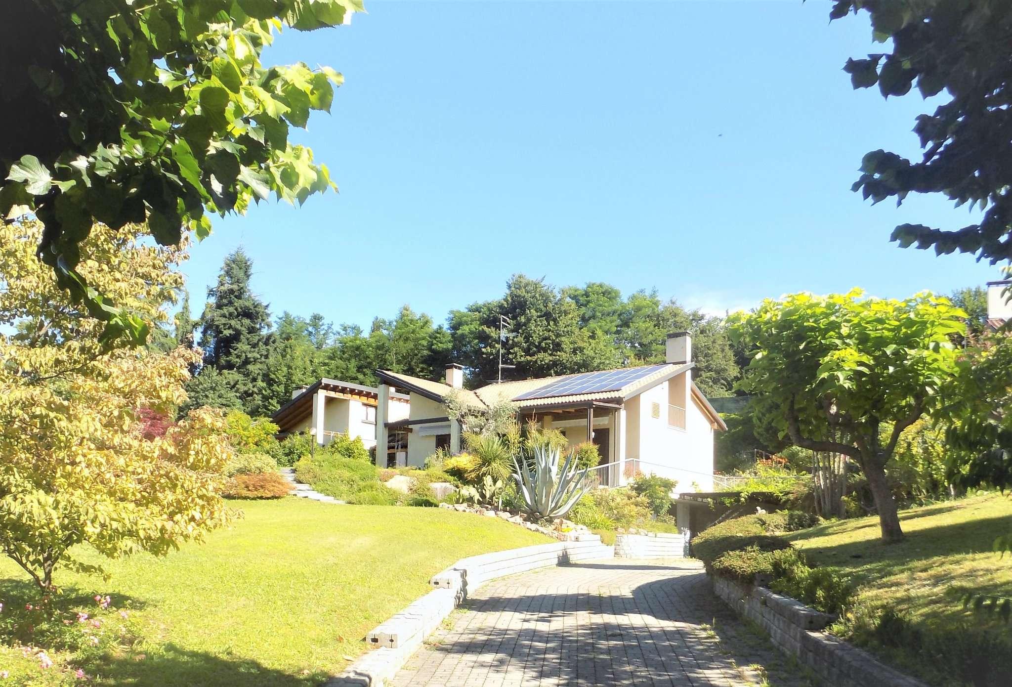 Villa in vendita a Crosio della Valle, 7 locali, prezzo € 580.000 | Cambio Casa.it