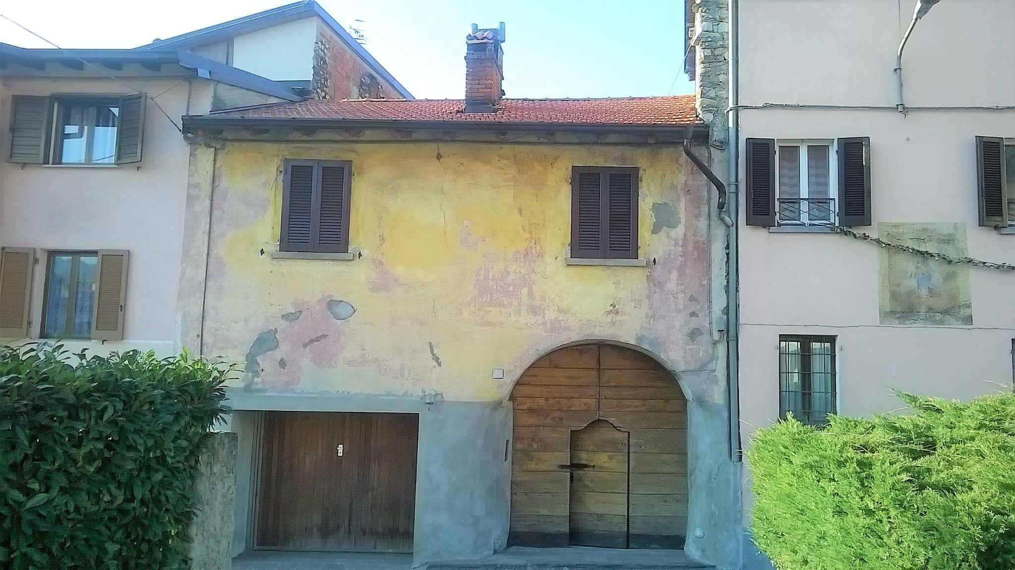 Appartamento in vendita a Cuveglio, 9999 locali, prezzo € 70.000 | Cambio Casa.it