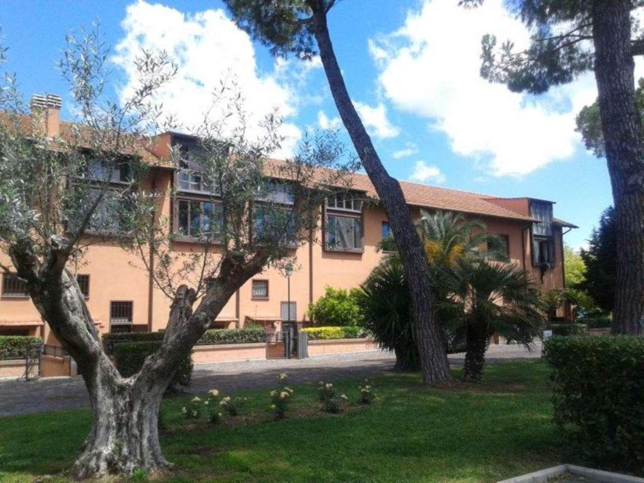 Soluzione Indipendente in affitto a Roma, 9999 locali, zona Zona: 23 . Portuense - Magliana, Trattative riservate | Cambio Casa.it