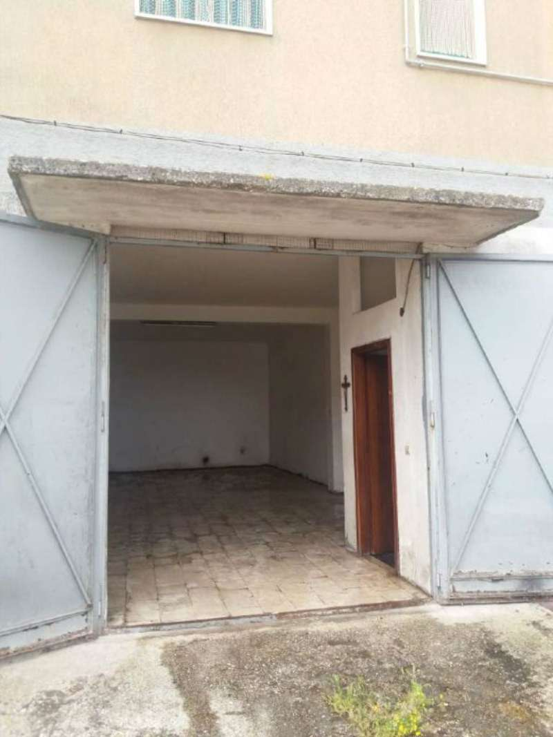 Magazzino in vendita a Vico del Gargano, 1 locali, prezzo € 35.000 | Cambio Casa.it