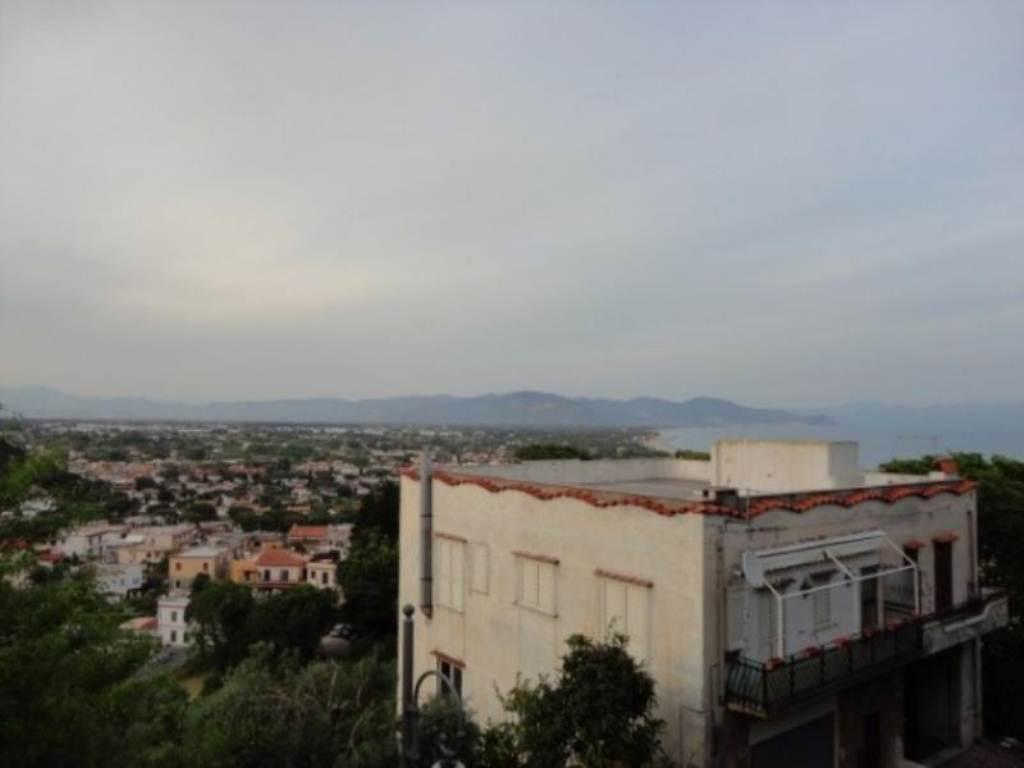 Appartamento in vendita a San Felice Circeo, 6 locali, prezzo € 500.000   Cambio Casa.it
