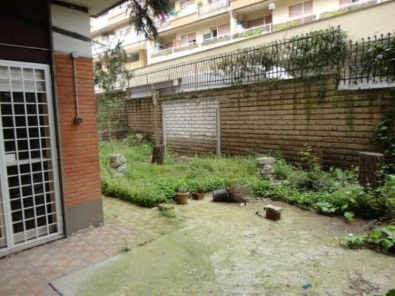 Appartamento in vendita a Pomezia, 4 locali, prezzo € 202.000 | Cambio Casa.it