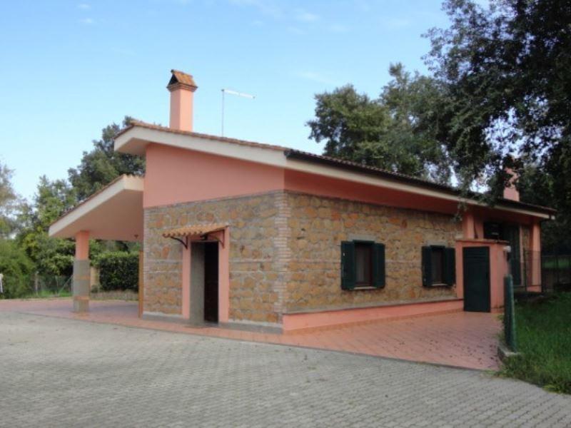 Casa indipendente bilocale in affitto a Pomezia (RM)