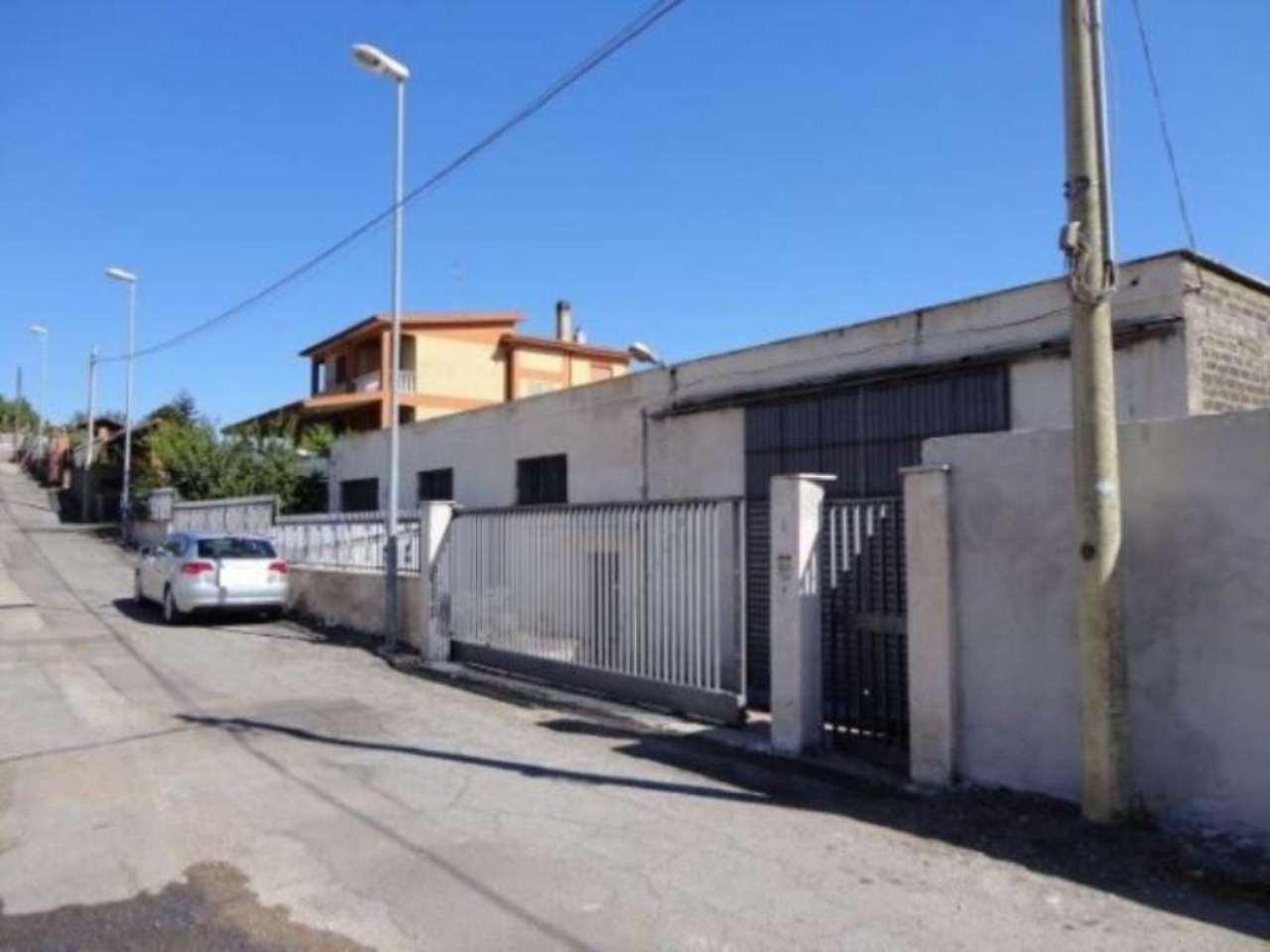 Capannone in vendita a Pomezia, 6 locali, prezzo € 159.000 | Cambio Casa.it