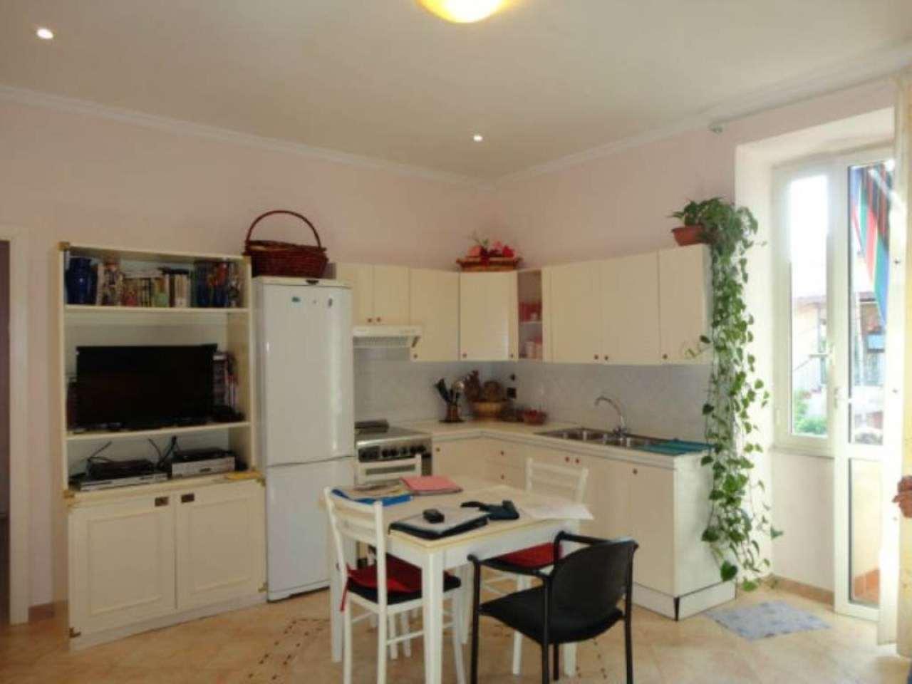 Appartamento in vendita a Genzano di Roma, 3 locali, prezzo € 135.000   Cambio Casa.it