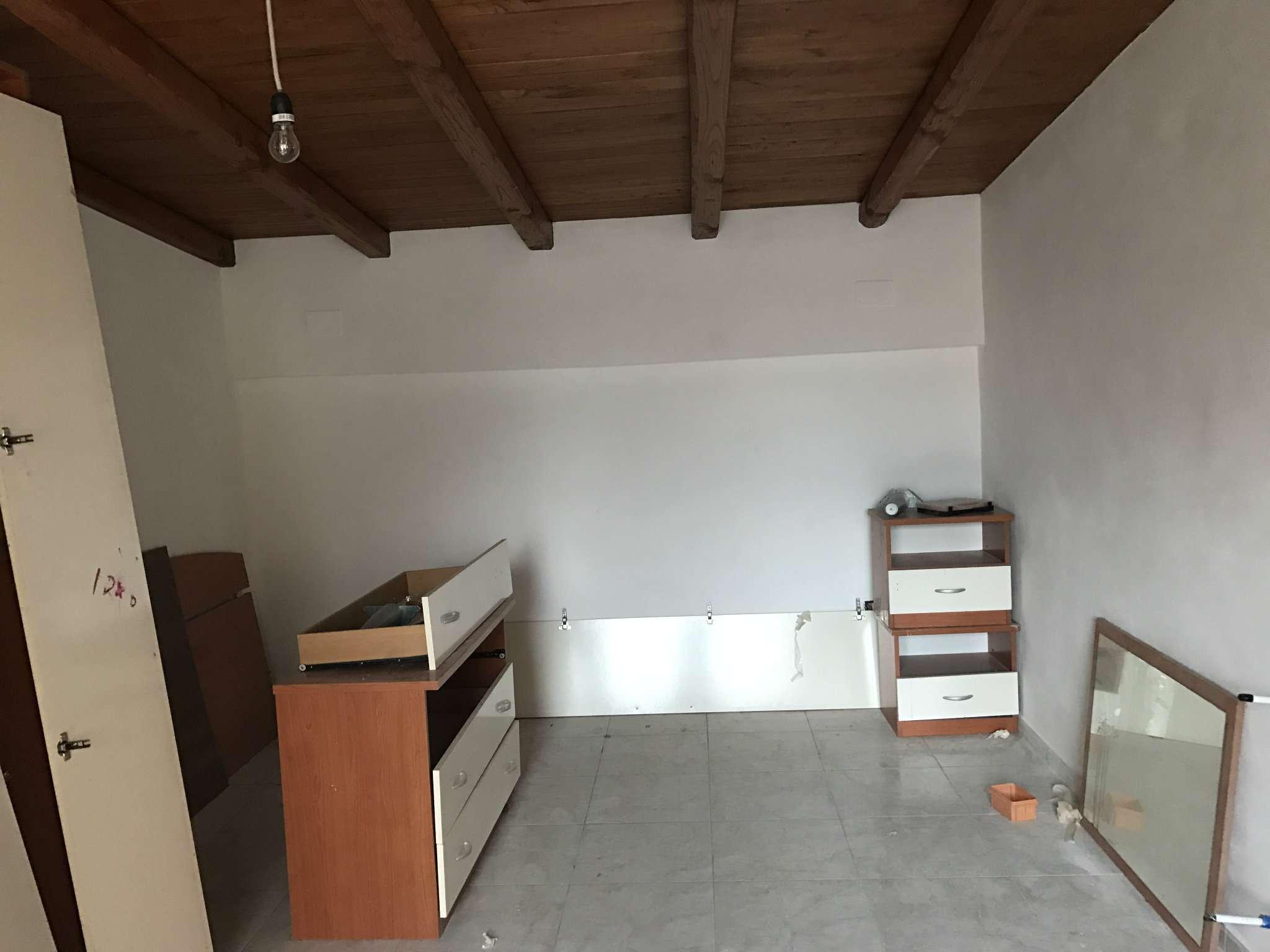 Soluzione Indipendente in affitto a Ardea, 2 locali, prezzo € 500 | Cambio Casa.it