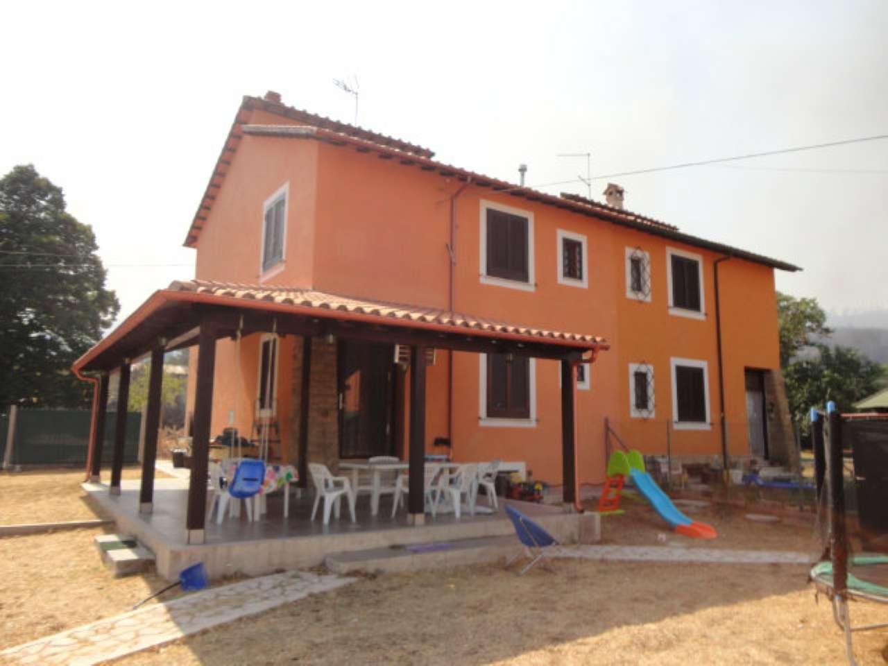 Soluzione Indipendente in vendita a Nazzano, 5 locali, prezzo € 140.000   CambioCasa.it
