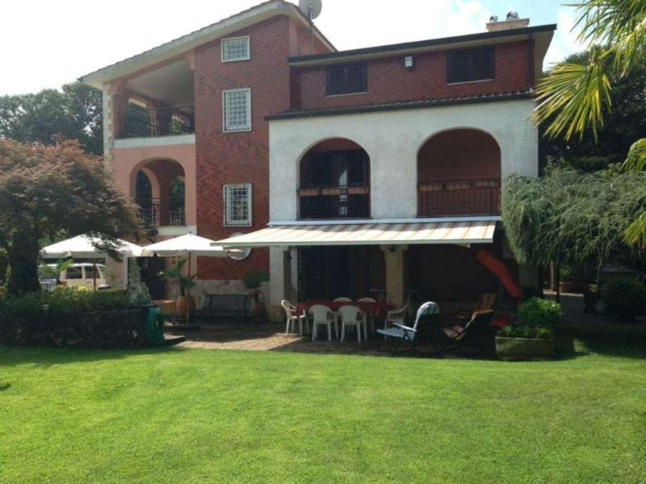 Villa in vendita a Rocca Priora, 14 locali, prezzo € 485.000 | Cambio Casa.it