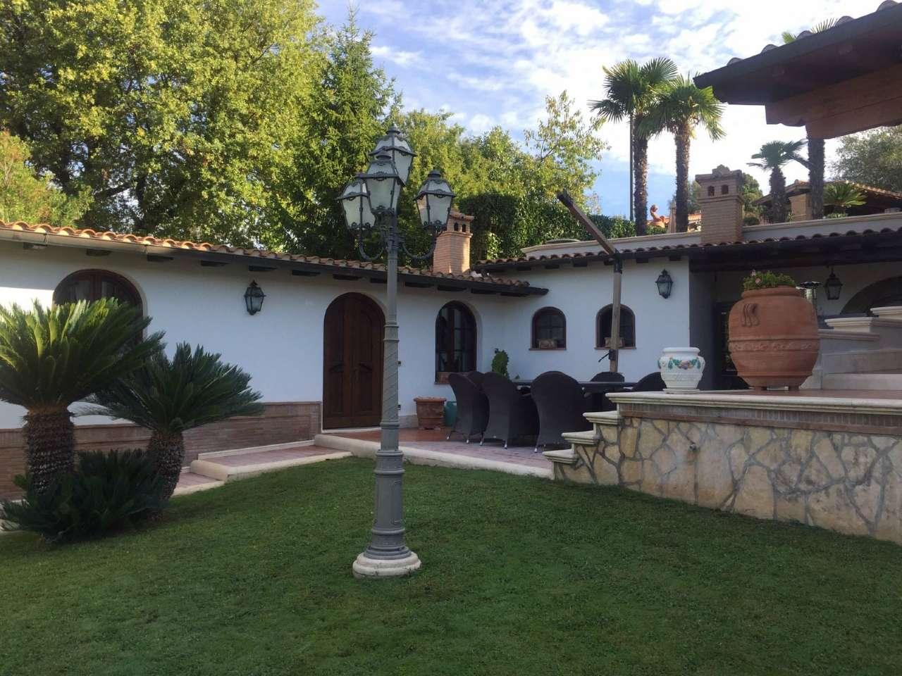 Villa in vendita a Palestrina, 11 locali, Trattative riservate   CambioCasa.it