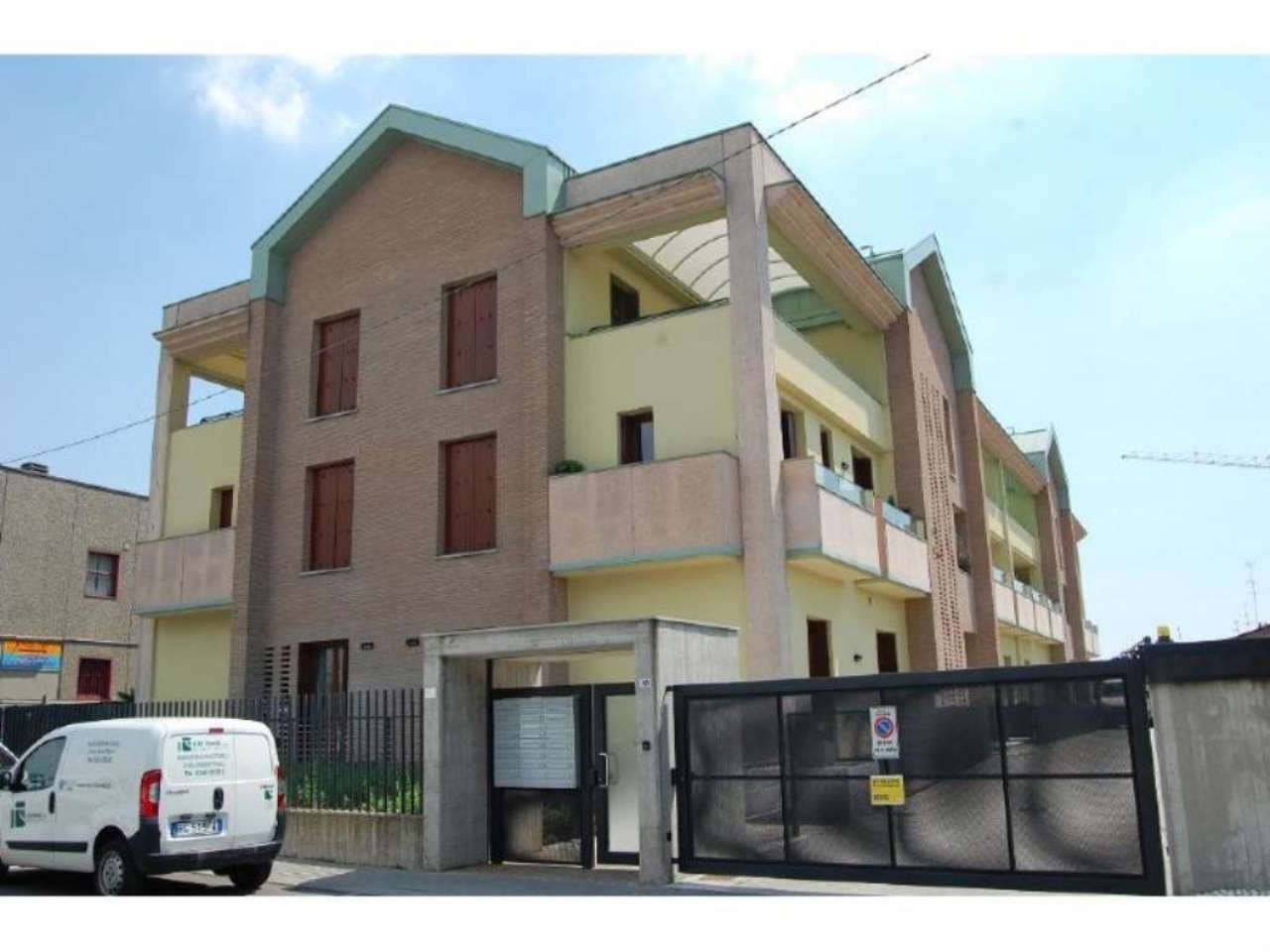 Bilocale Villasanta Via Ettore Fieramosca 4