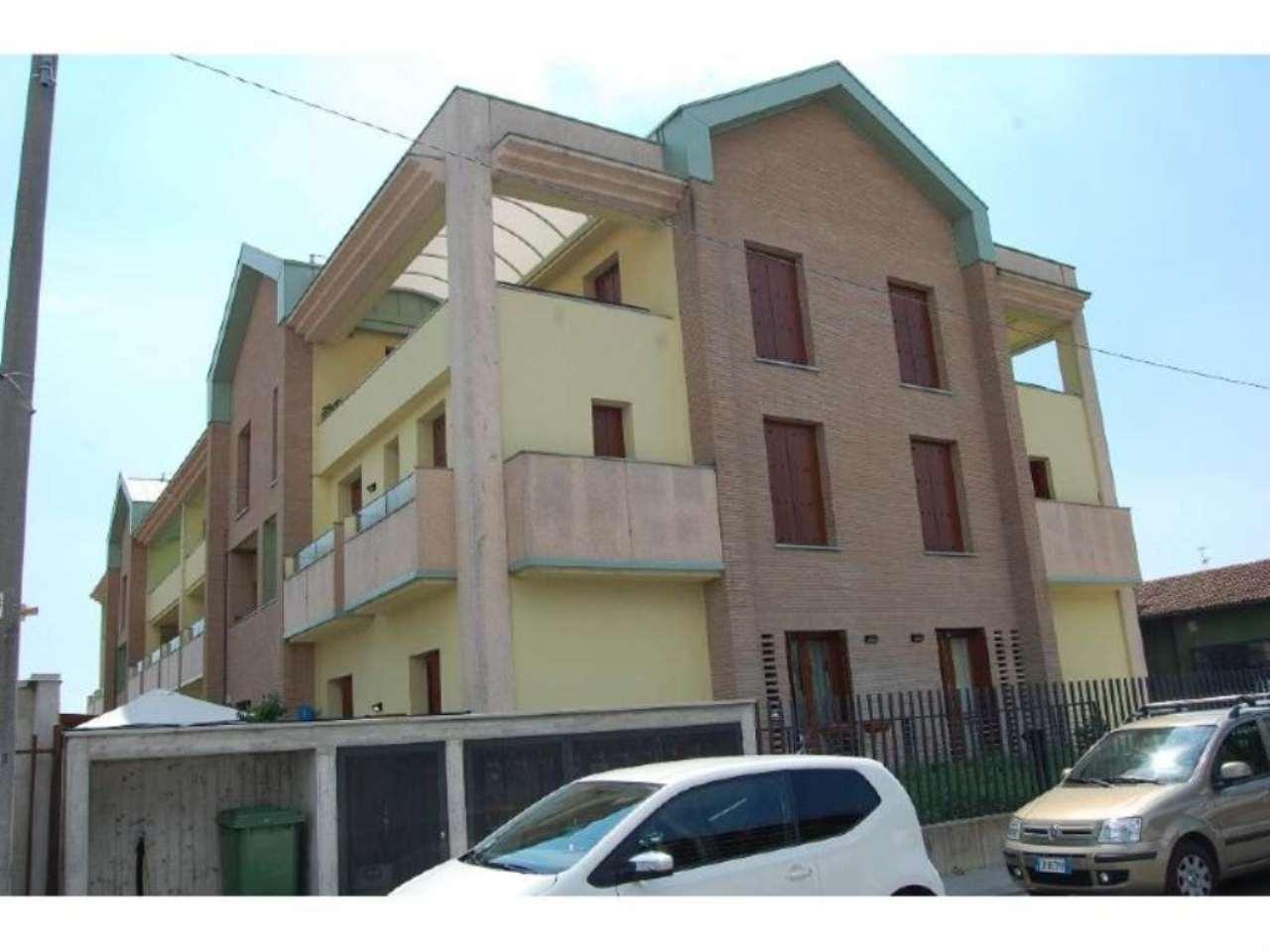 Bilocale Villasanta Via Ettore Fieramosca 5