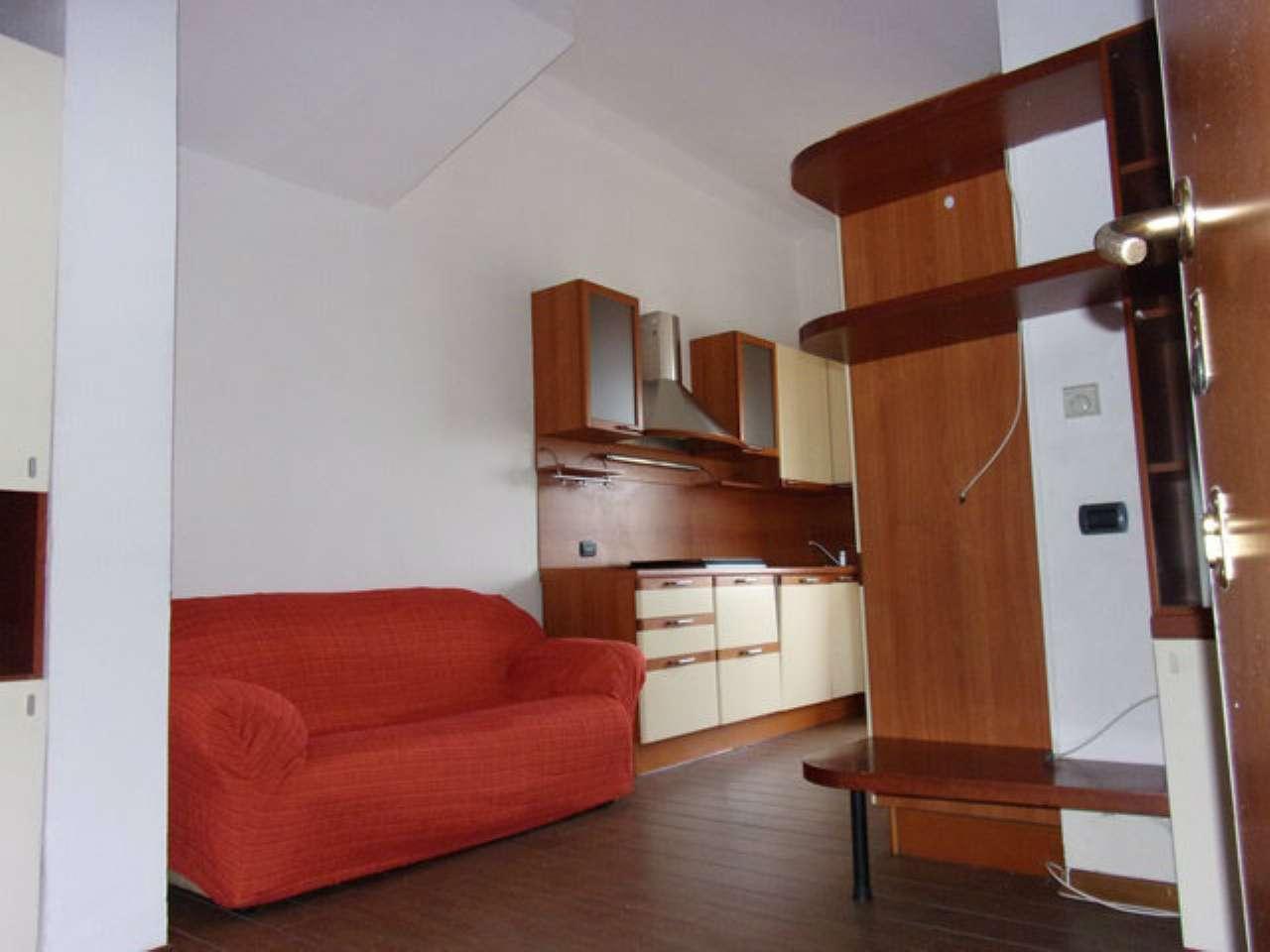 Appartamento in affitto a Seregno, 2 locali, prezzo € 490 | Cambio Casa.it