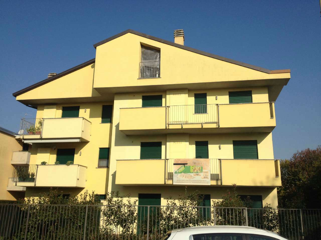 Attico / Mansarda in vendita a Desio, 4 locali, prezzo € 336.000 | CambioCasa.it