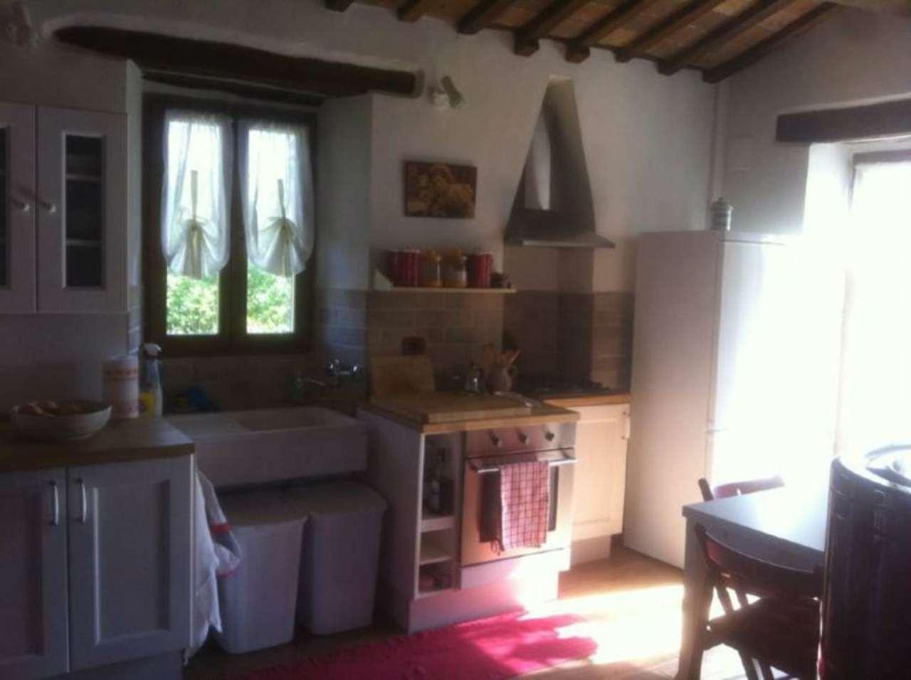 Palazzo / Stabile in vendita a Sant'Agata Feltria, 3 locali, prezzo € 120.000 | Cambio Casa.it