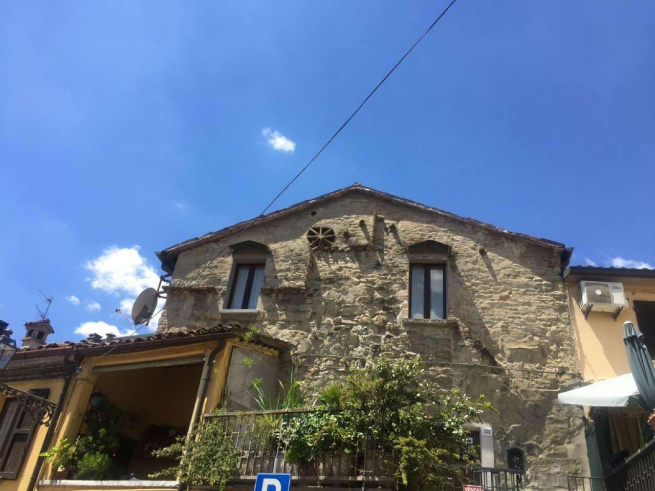 Palazzo / Stabile in vendita a Sarsina, 5 locali, prezzo € 180.000 | CambioCasa.it