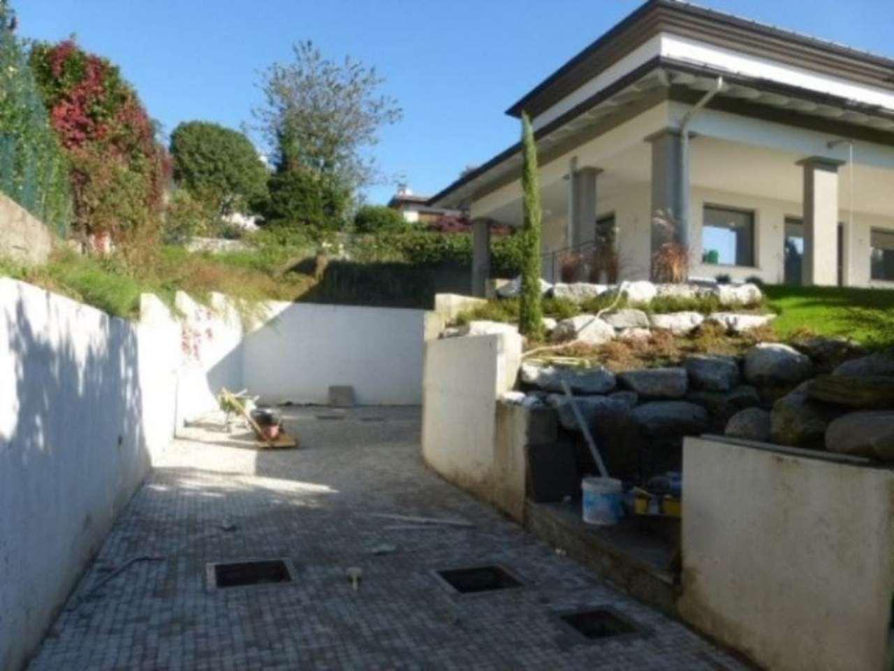 Villa in affitto a Varese, 13 locali, Trattative riservate | Cambio Casa.it