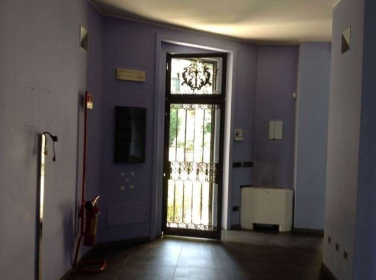 Ufficio / Studio in affitto a Varese, 6 locali, prezzo € 5.000 | CambioCasa.it