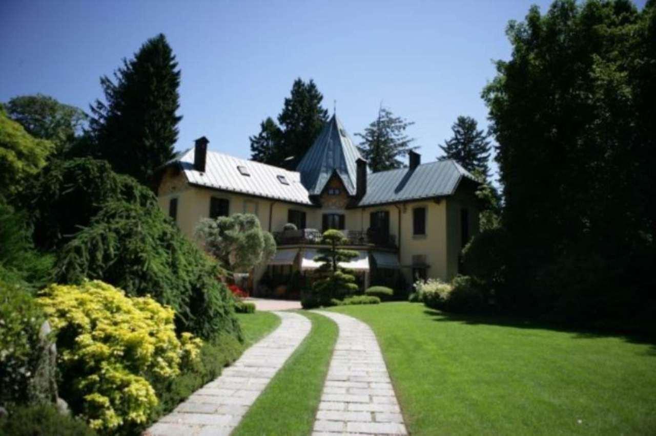 Villa in vendita a Varese, 13 locali, Trattative riservate | Cambio Casa.it