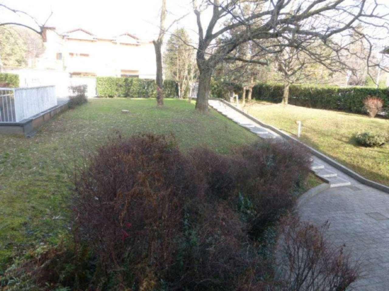 Appartamento in vendita a Oggiona con Santo Stefano, 3 locali, prezzo € 70.000 | Cambio Casa.it