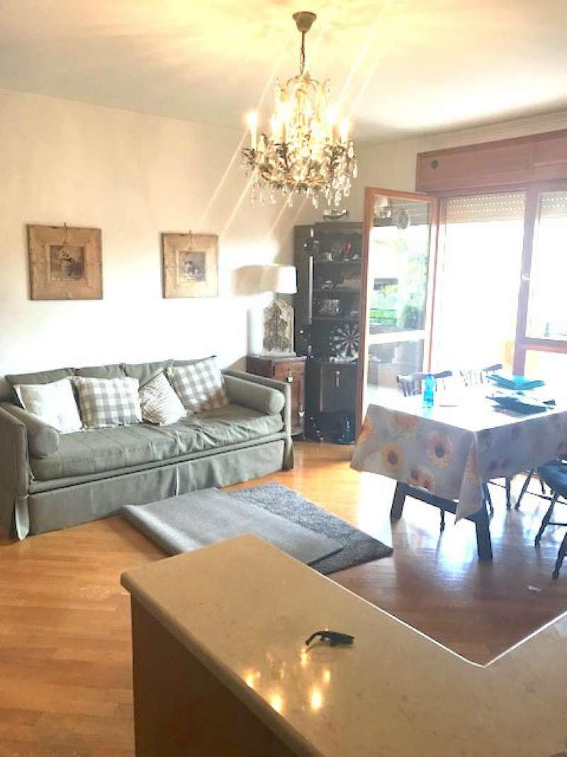 Appartamento in vendita 3 vani 75 mq.  via Giustiniana Roma