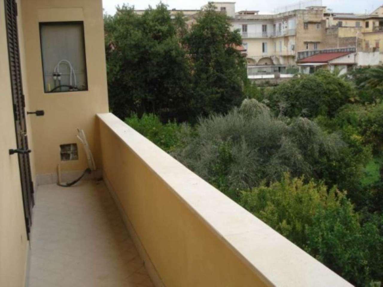 Bilocale Caserta Via Giovanbattista Vico 8