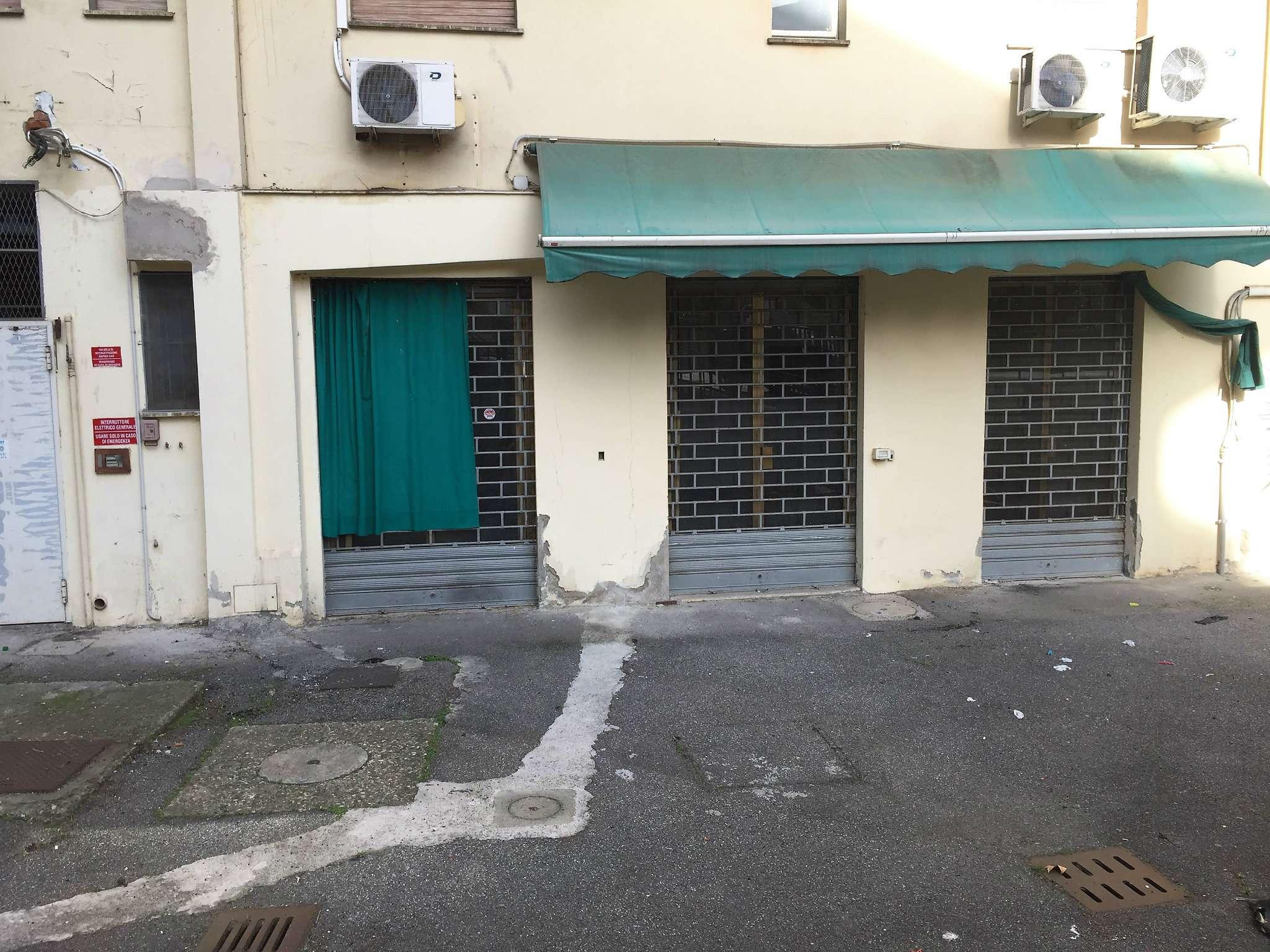 Laboratorio in affitto a Sesto Fiorentino, 3 locali, prezzo € 800   Cambio Casa.it
