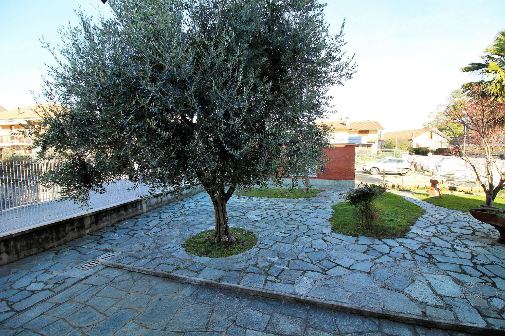 Bilocale Alpignano Via Montegrappa 9