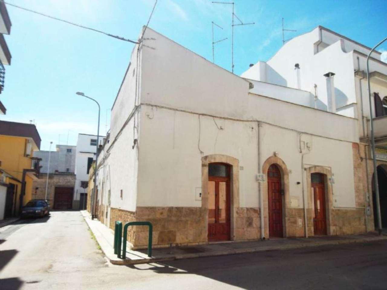 Soluzione Indipendente in vendita a Casamassima, 3 locali, prezzo € 85.000 | Cambio Casa.it