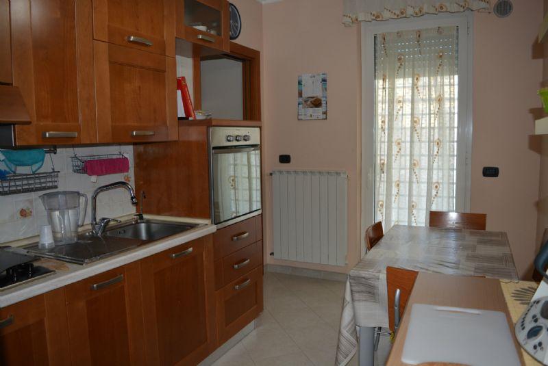 Appartamento in vendita a Casamassima, 3 locali, prezzo € 113.000 | Cambio Casa.it