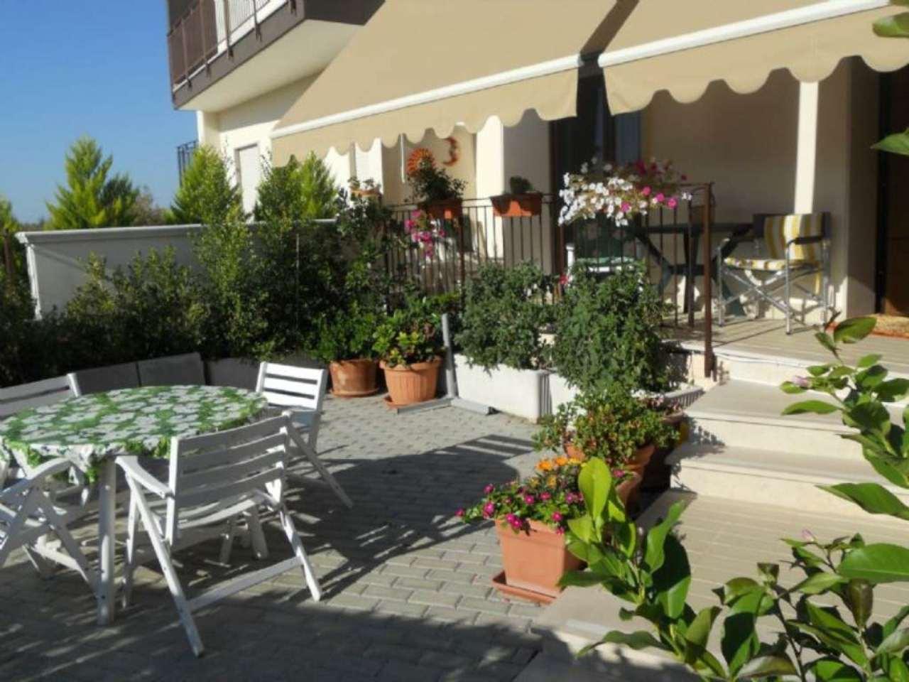 Villa Bifamiliare in Vendita a Casamassima