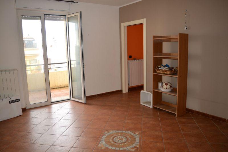 Appartamento in vendita a Casamassima, 3 locali, prezzo € 119.000 | Cambio Casa.it