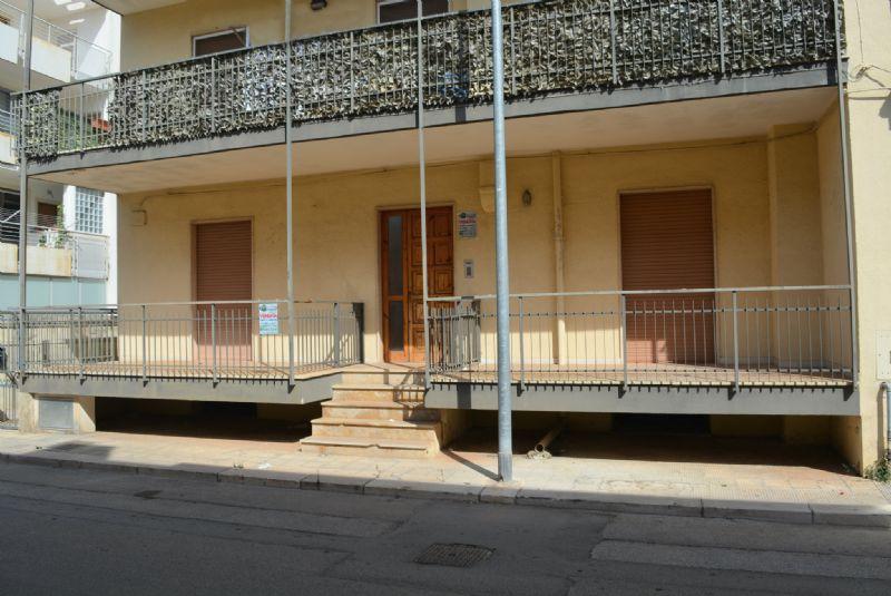 Soluzione Indipendente in vendita a Casamassima, 4 locali, prezzo € 195.000 | Cambio Casa.it