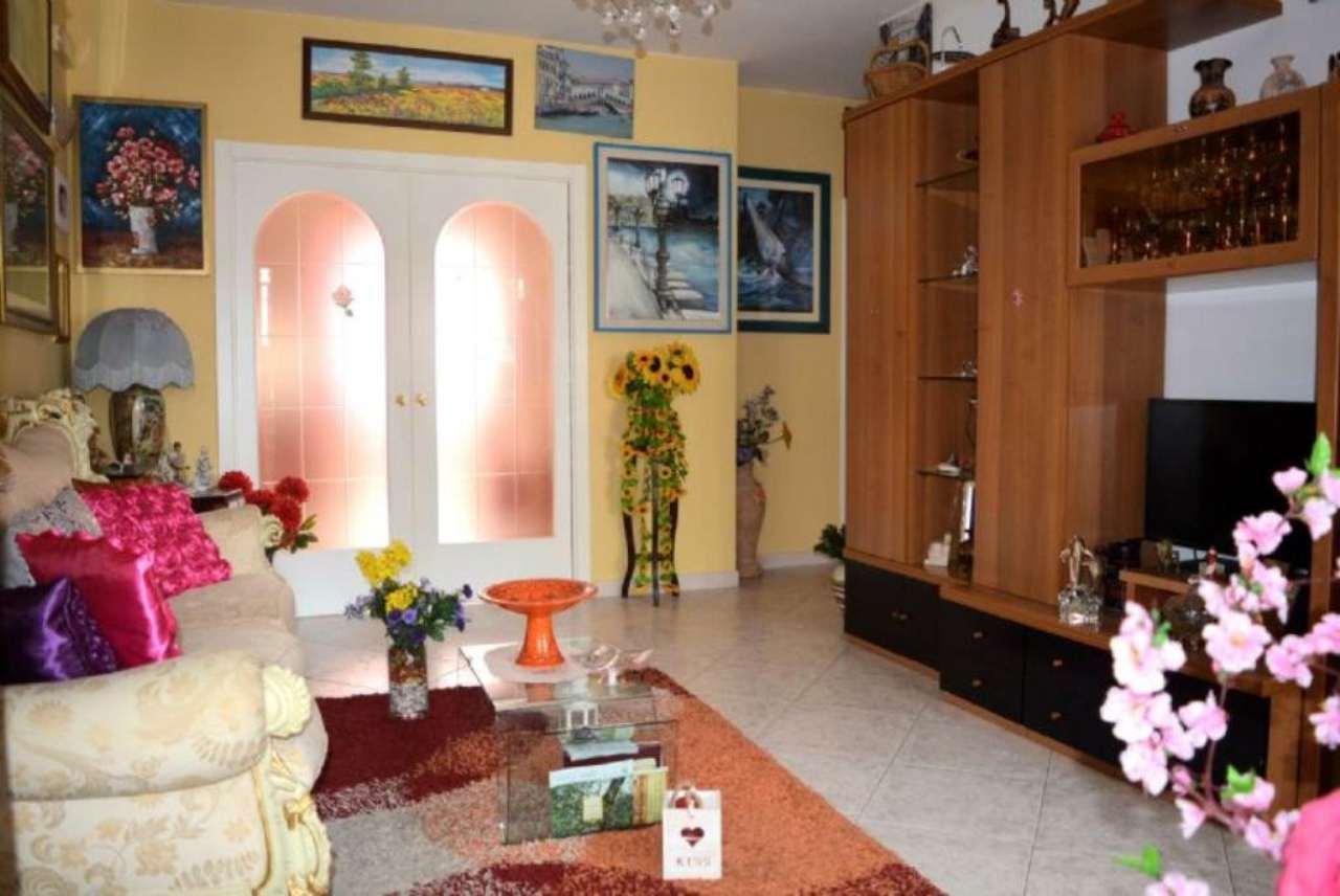 Appartamento in vendita a Casamassima, 3 locali, prezzo € 89.000 | Cambio Casa.it