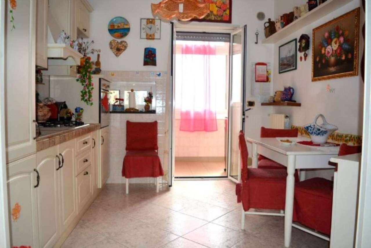 Appartamento in vendita a Casamassima, 3 locali, prezzo € 89.000   Cambio Casa.it