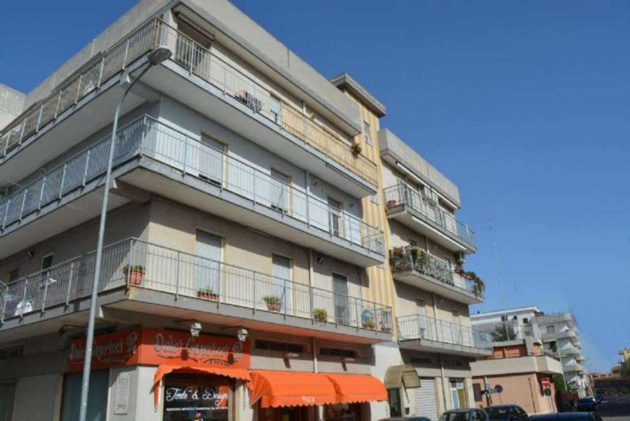 Appartamento in vendita a Casamassima, 4 locali, prezzo € 106.000 | Cambio Casa.it