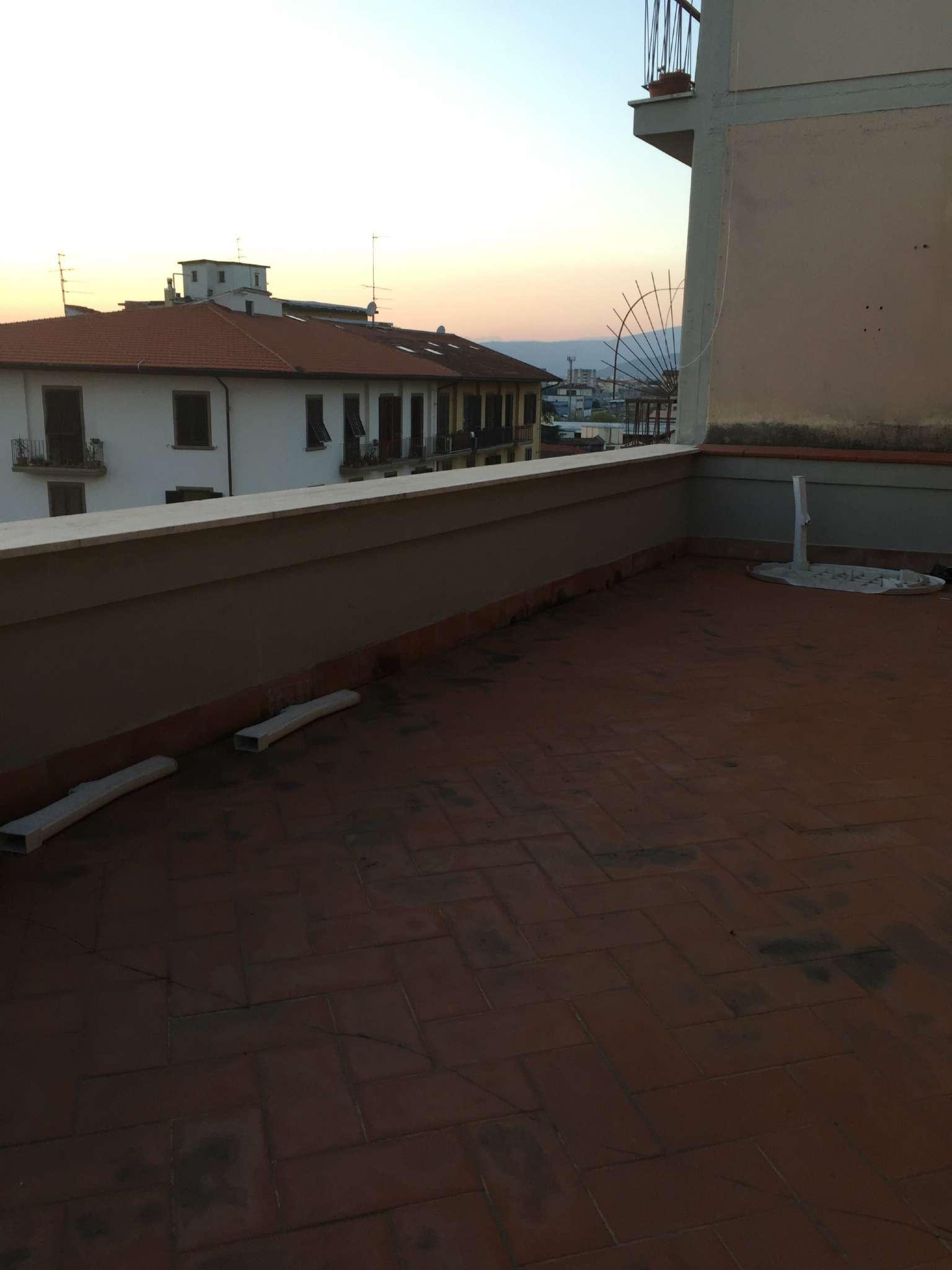 Attico / Mansarda in affitto a Firenze, 5 locali, zona Zona: 10 . Leopoldo, Rifredi, prezzo € 1.200 | Cambio Casa.it