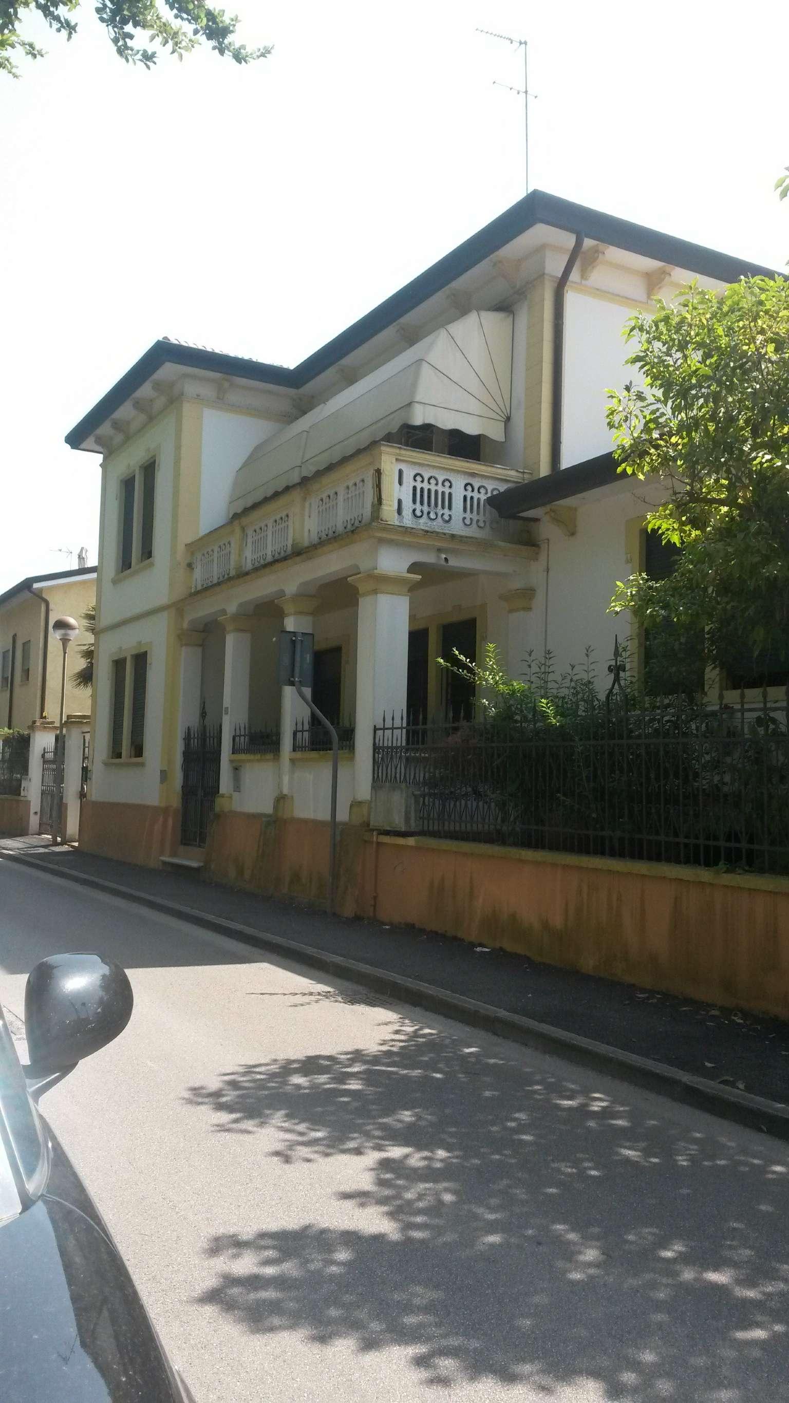Soluzione Indipendente in vendita a Conselve, 4 locali, prezzo € 295.000 | Cambio Casa.it
