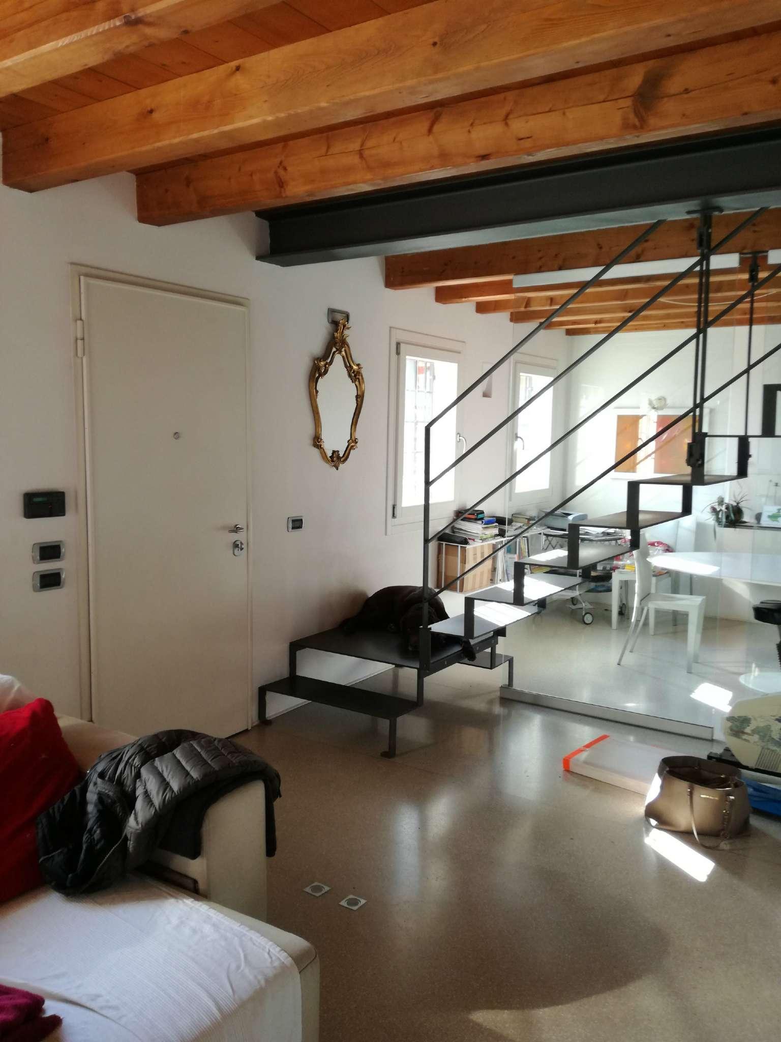 Villa in vendita a Ponte San Nicolò, 9999 locali, prezzo € 465.000 | Cambio Casa.it
