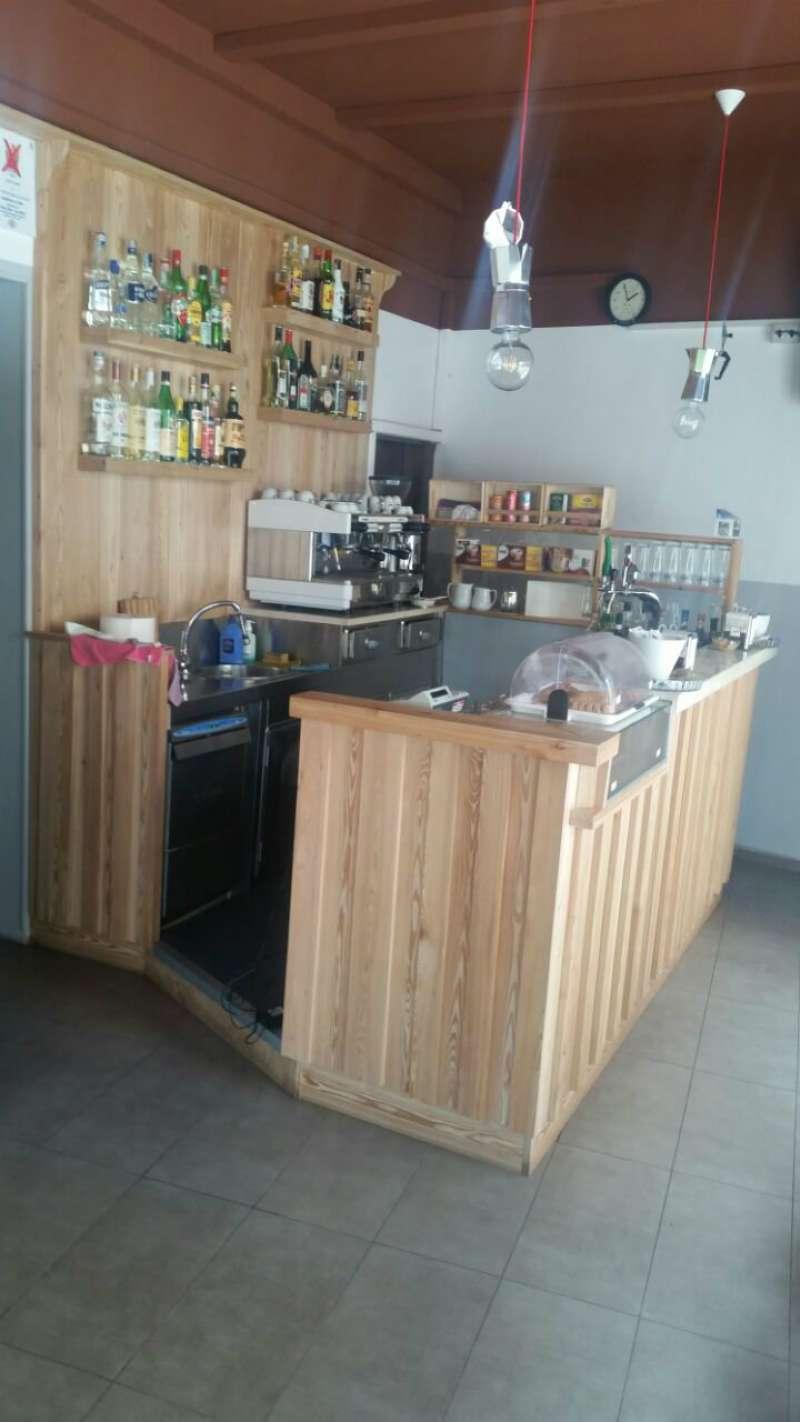 Bar in vendita a Padova, 2 locali, zona Zona: 2 . Nord (Arcella, S.Carlo, Pontevigodarzere), prezzo € 60.000 | Cambio Casa.it