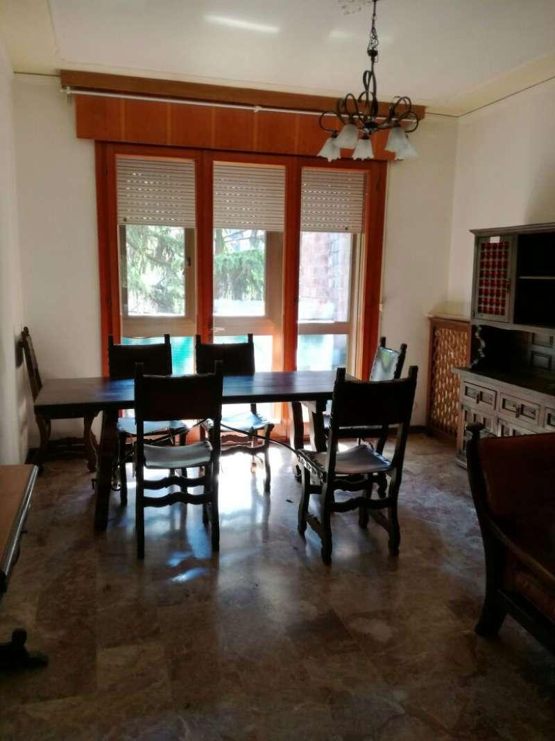 Appartamento in vendita a Padova, 4 locali, zona Zona: 1 . Centro, prezzo € 800 | Cambio Casa.it
