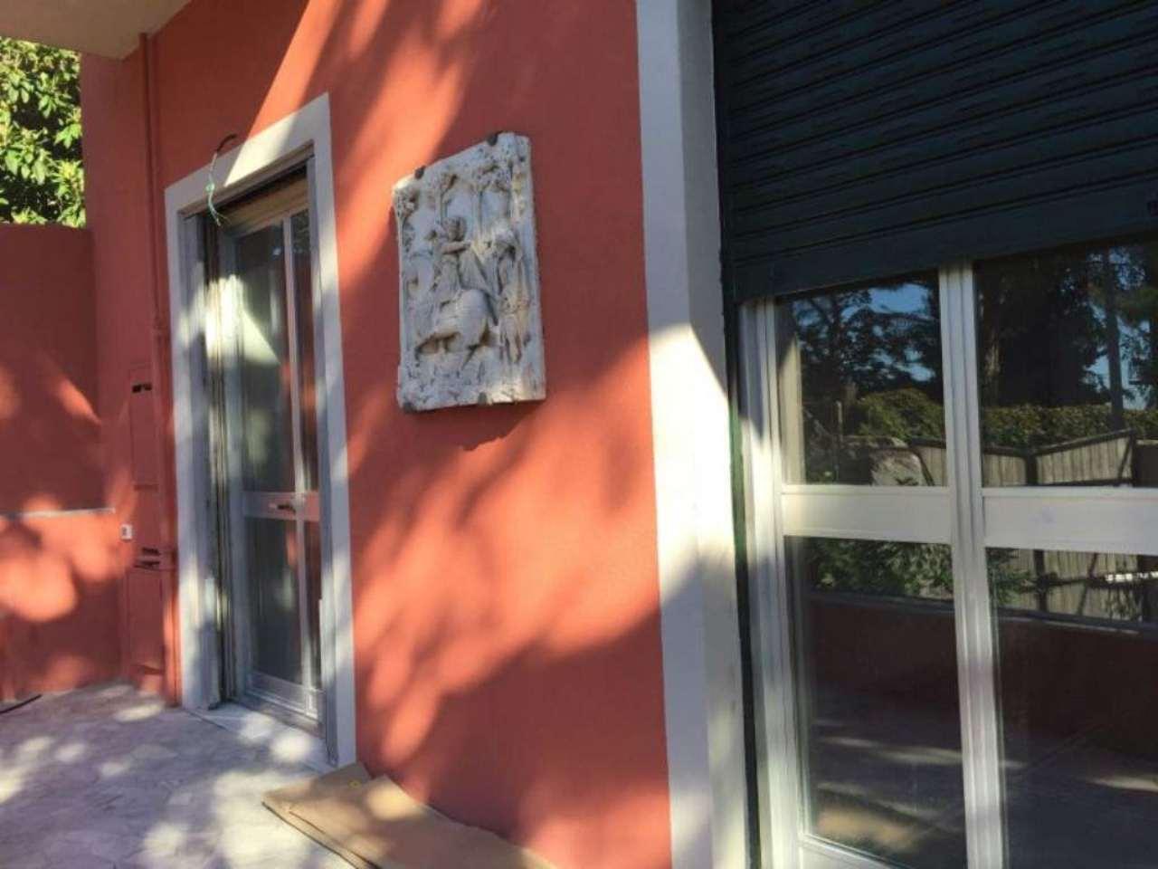 Appartamento in affitto a Genova, 6 locali, prezzo € 1.300 | Cambio Casa.it