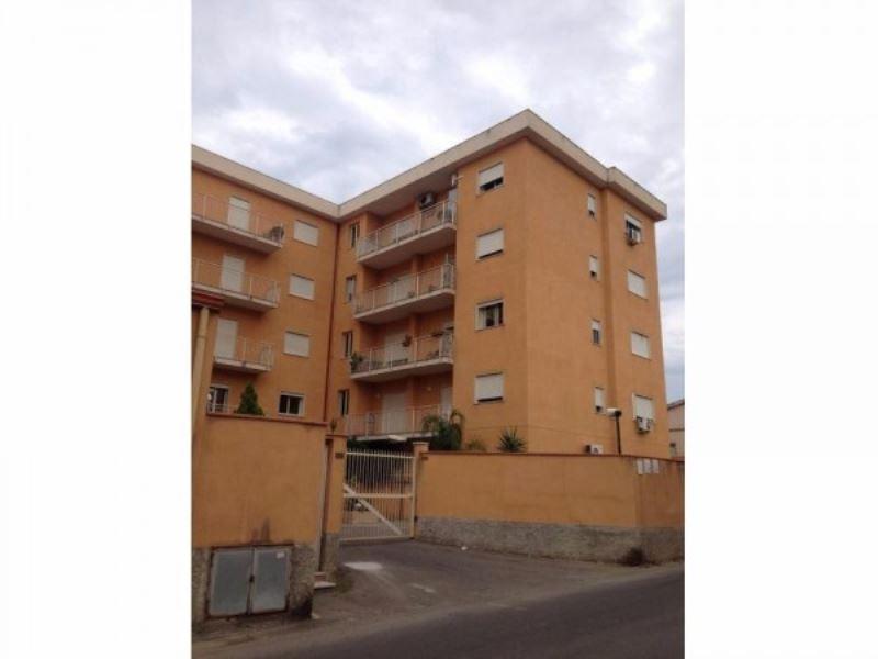 Appartamento in vendita a Palermo, 5 locali, prezzo € 180.000   Cambio Casa.it