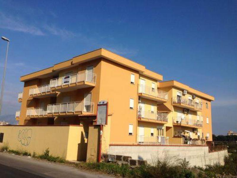 Appartamento in vendita a Palermo, 4 locali, prezzo € 175.000   Cambio Casa.it