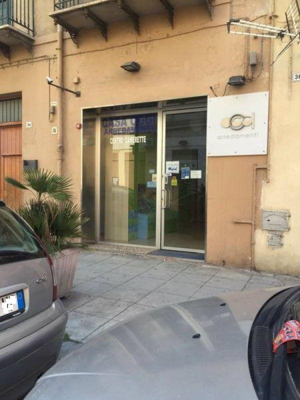 Negozio / Locale in vendita a Palermo, 1 locali, prezzo € 165.000   Cambio Casa.it