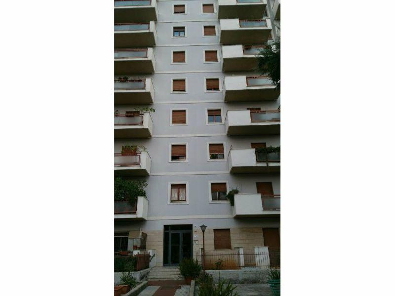 Appartamento in affitto a Palermo, 3 locali, prezzo € 570   Cambio Casa.it