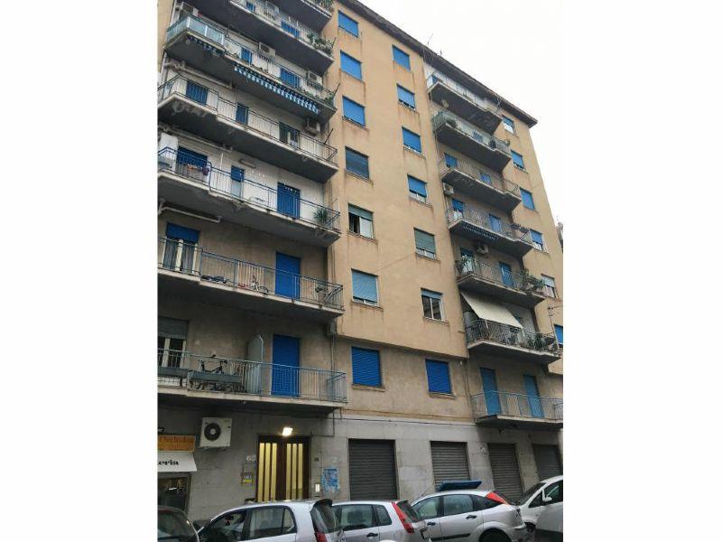 Appartamento in affitto a Palermo, 3 locali, prezzo € 500   Cambio Casa.it