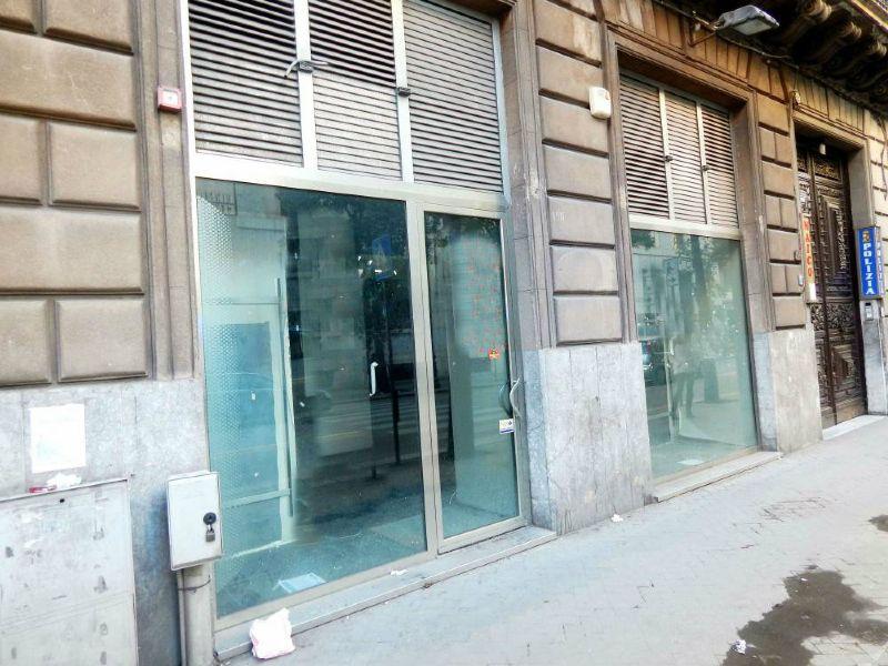 Negozio / Locale in affitto a Palermo, 9999 locali, prezzo € 2.600   Cambio Casa.it