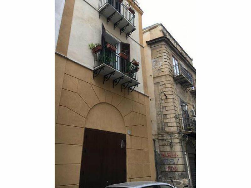 Negozio / Locale in affitto a Palermo, 3 locali, prezzo € 670   Cambio Casa.it