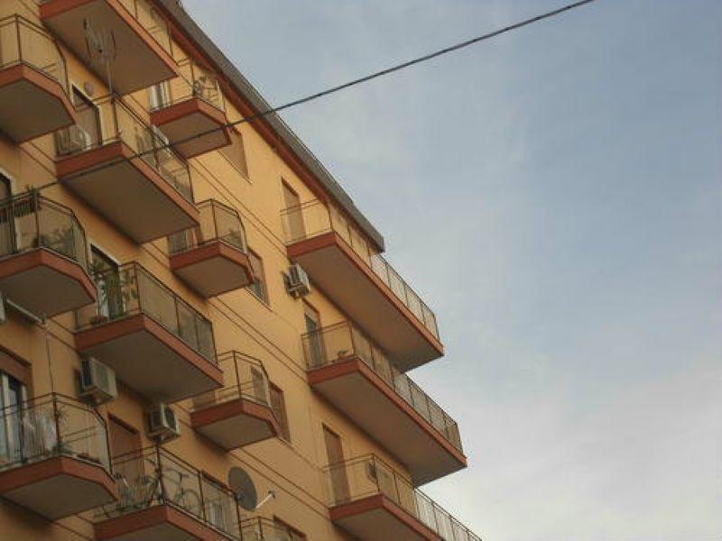 Appartamento in vendita a Palermo, 3 locali, prezzo € 165.000 | Cambio Casa.it