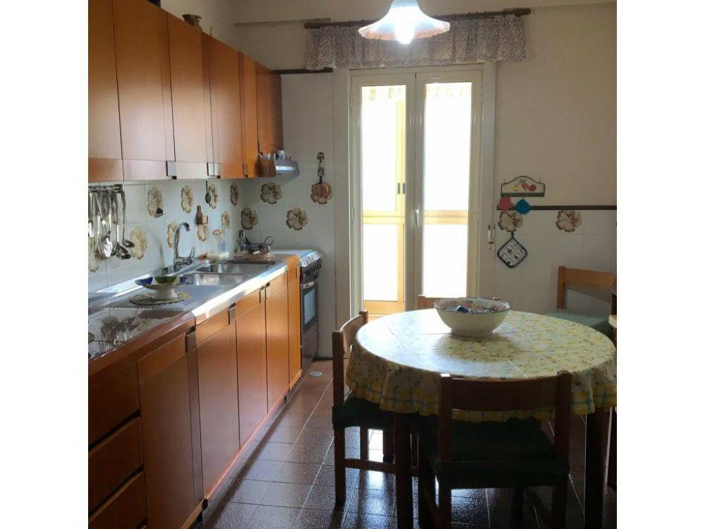 Appartamento in vendita a Palermo, 2 locali, prezzo € 98.000 | Cambio Casa.it